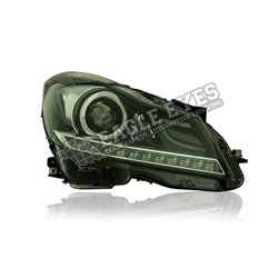 MERCEDES BENZ W204  C-Class 2007 – 2014 Black Lens Projector LED with Sequential Signal Light Head Lamp (Pair) [HL-053-BENZ-SQ]